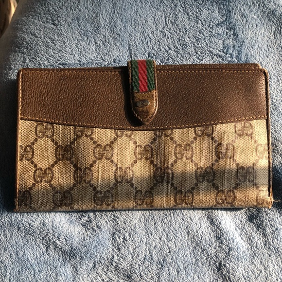 860e515f0ca8 Gucci Bags | Vintage Brown Leather Trifold Wallet | Poshmark